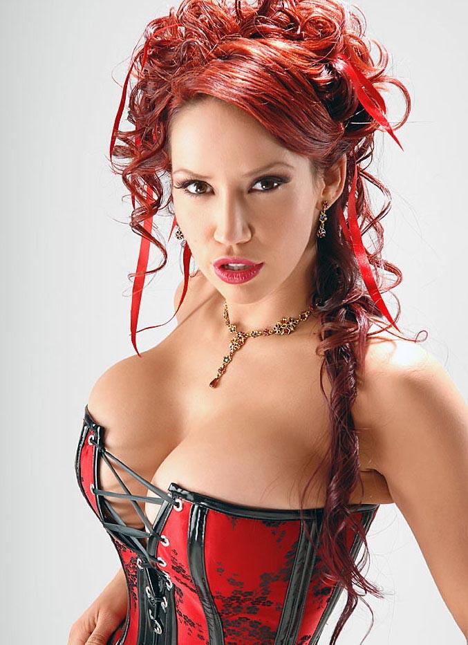 http://www.boobpedia.com/butler/images/1/1f/Bianca_Beauchamp_kamui99_01.jpg