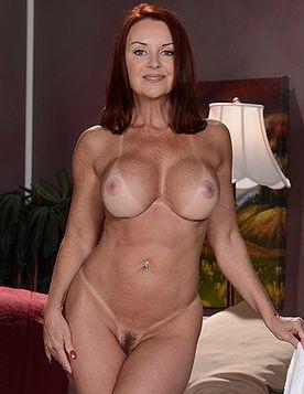 chloe grace moretz fake porn squirts