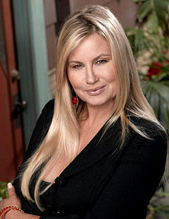 Jennifer Coolidge 1.jpg