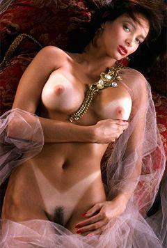 Roberta Vasquez Playmate of the Month November 1984