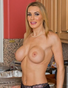 Sexy Nude Pics Of Tanya Tate