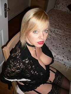 British slut daisy rock in a kinky ffm threesome scene - 2 part 4