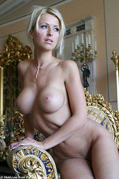 Nude photos Lesbian ladyboys pantyhose