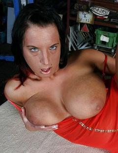 Mandy Blue im Porno Deutsch flott durch geknallt