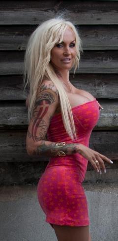 Body todelt Jylland linse boobs