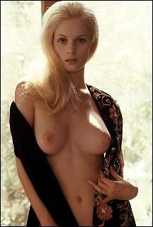 blonde boobs Long big hair and