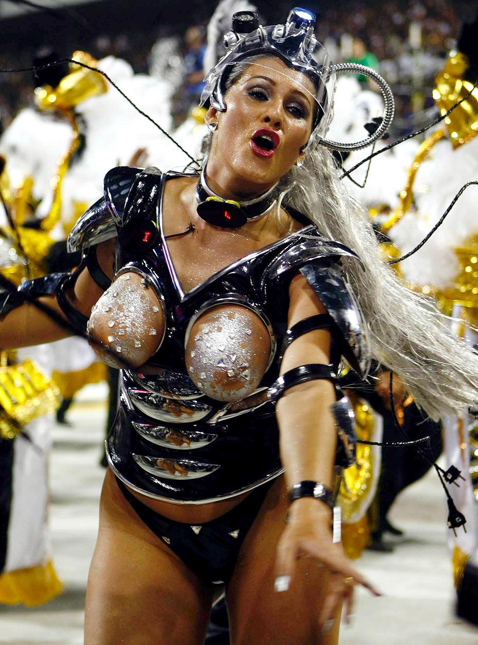 Сиськи карнавал рио 7 фотография