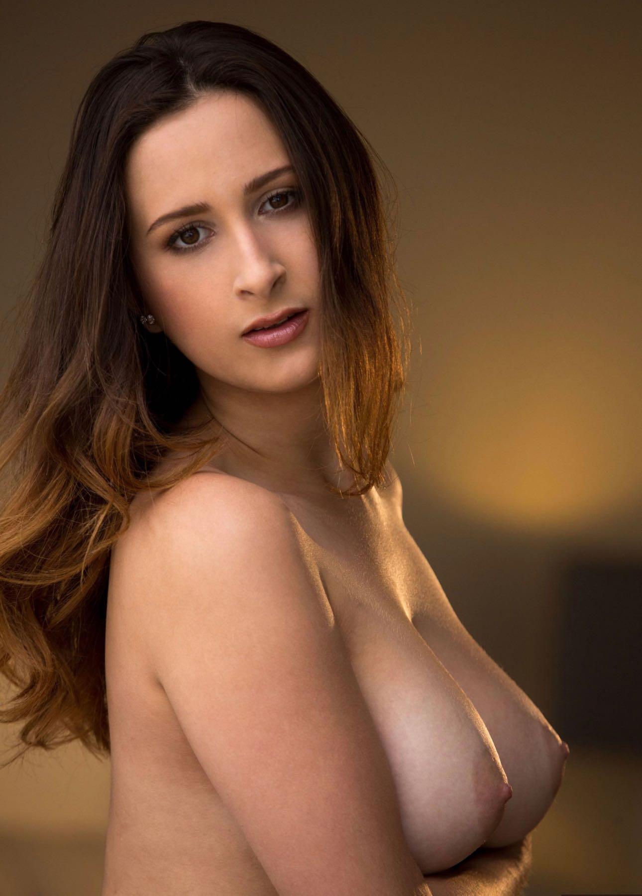 Ashley Graham Nude Celebs