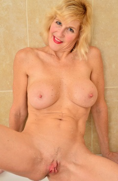 Molly maracas porn pics Molly Maracas Boobpedia Encyclopedia Of Big Boobs
