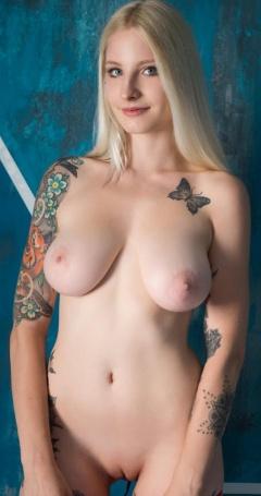 Celebrity Suicide Girls Full Nude Photos
