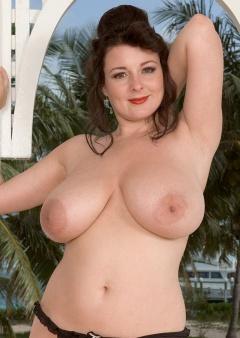 lorna morgan boobs