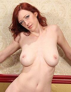 holly wood - boobpedia - encyclopedia of big boobs