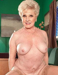 Mature granny jewell