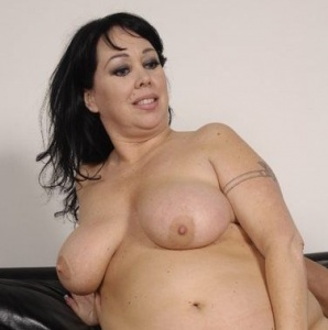 Christina bbw hunter