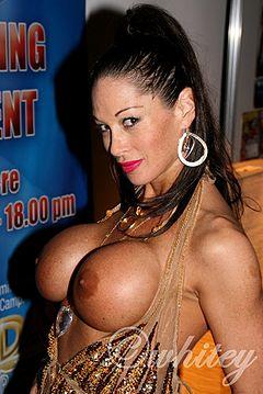 Ayla Playboy