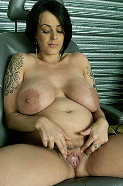 Pregnent women with big big boobs