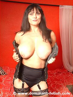 Lucy lawless dominatrix