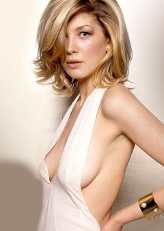 Breast tits pike Rosamund