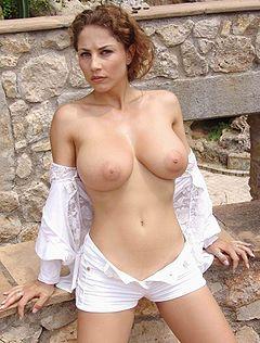 Hot nude skinny females