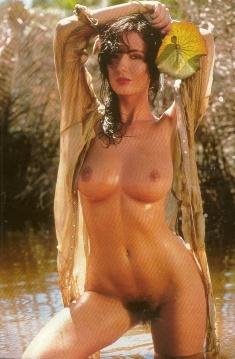 kellie singh boobs
