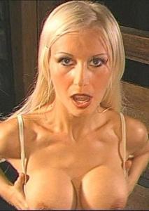 Blond Und Vollgespritzt