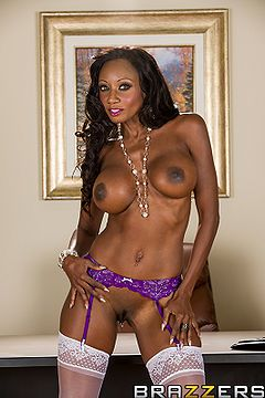 Diamond Jackson full frontal.jpg