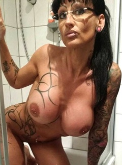 hollie takes a shower naked