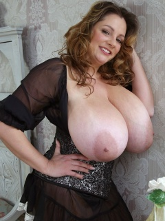 Daisy heyden bra tits