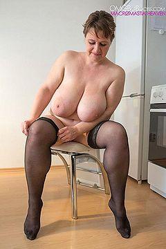 cel bbw bbw boob