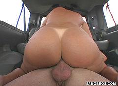 Beautifull mature nude pics