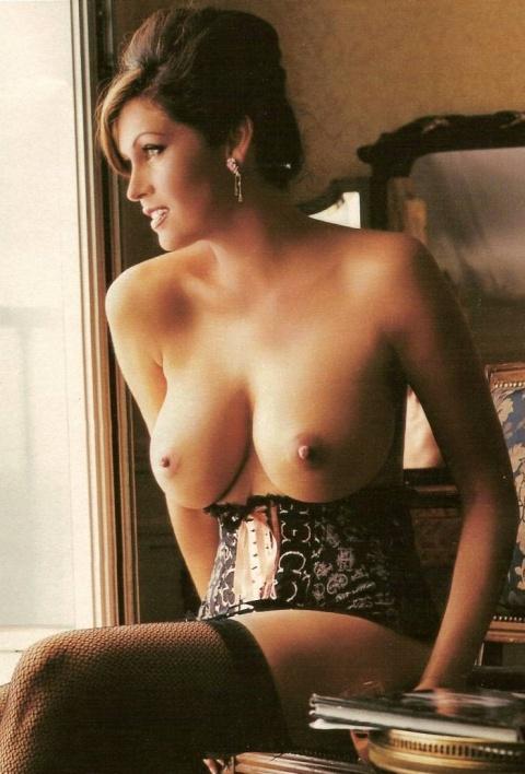 Artistic photos mature ladies naked