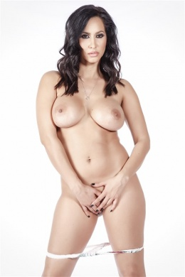isis love - boobpedia - encyclopedia of big boobs